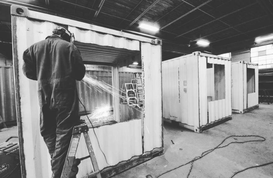 Переоборудование транспортного контейнера