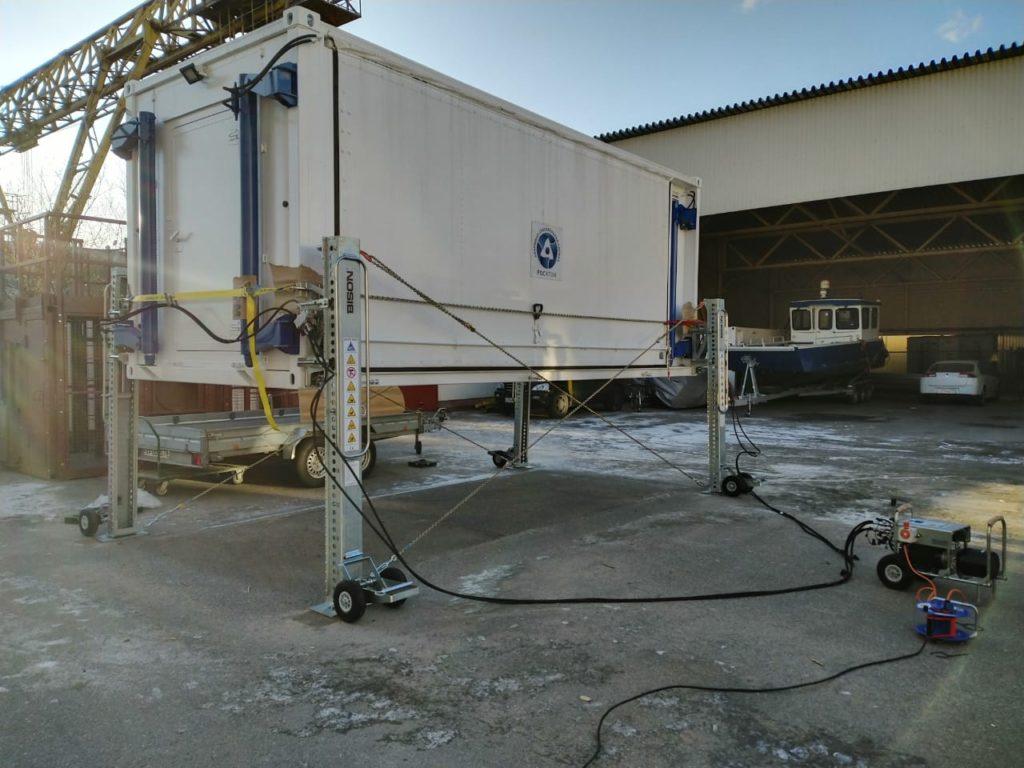 Домкраты гидравлические для морских контейнеров