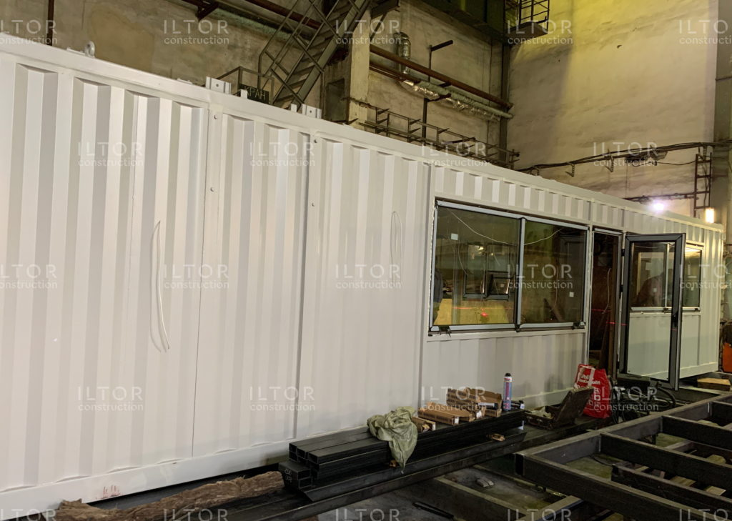 Установка окон и дверей в контейнер